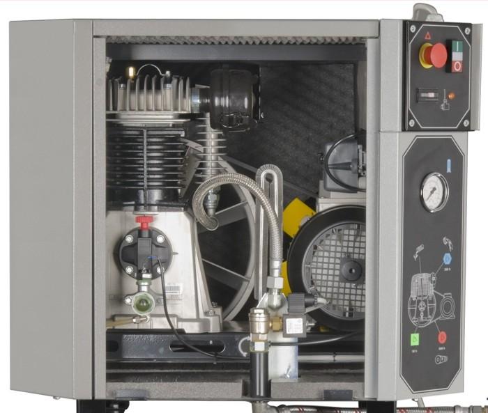Стационарный поршневый компрессор Airprofi 903/15 Silent внутри