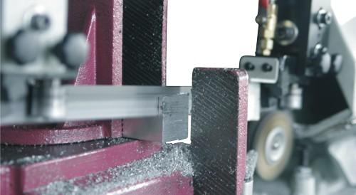 Ленточнопильный станок Opti S350AV: процесс резания