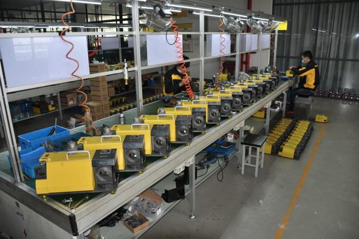 Работа на заводе конвейер горняк элеватор